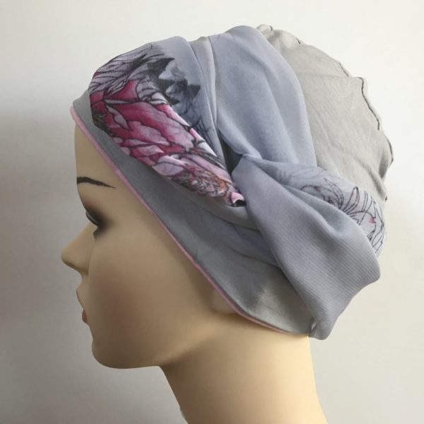 Head and neck scarves