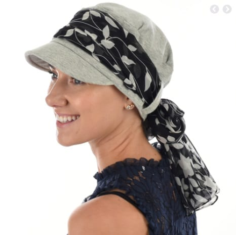 Low backed jersey cap grey with scarf